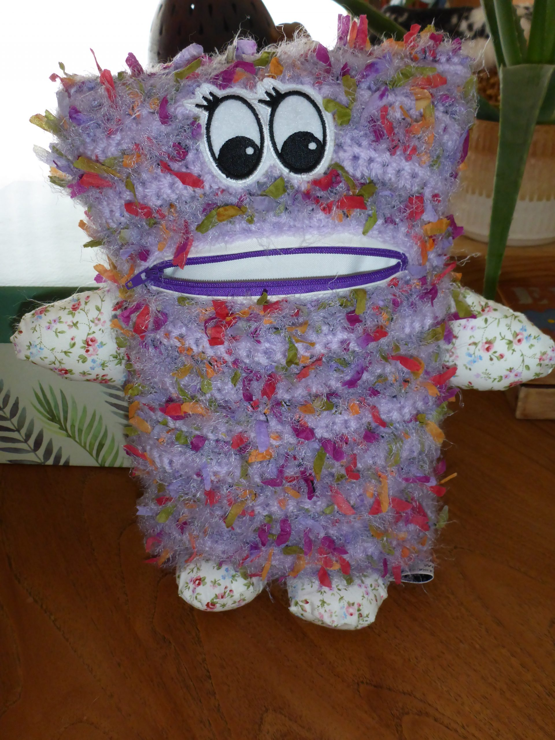 Confetti happy purple