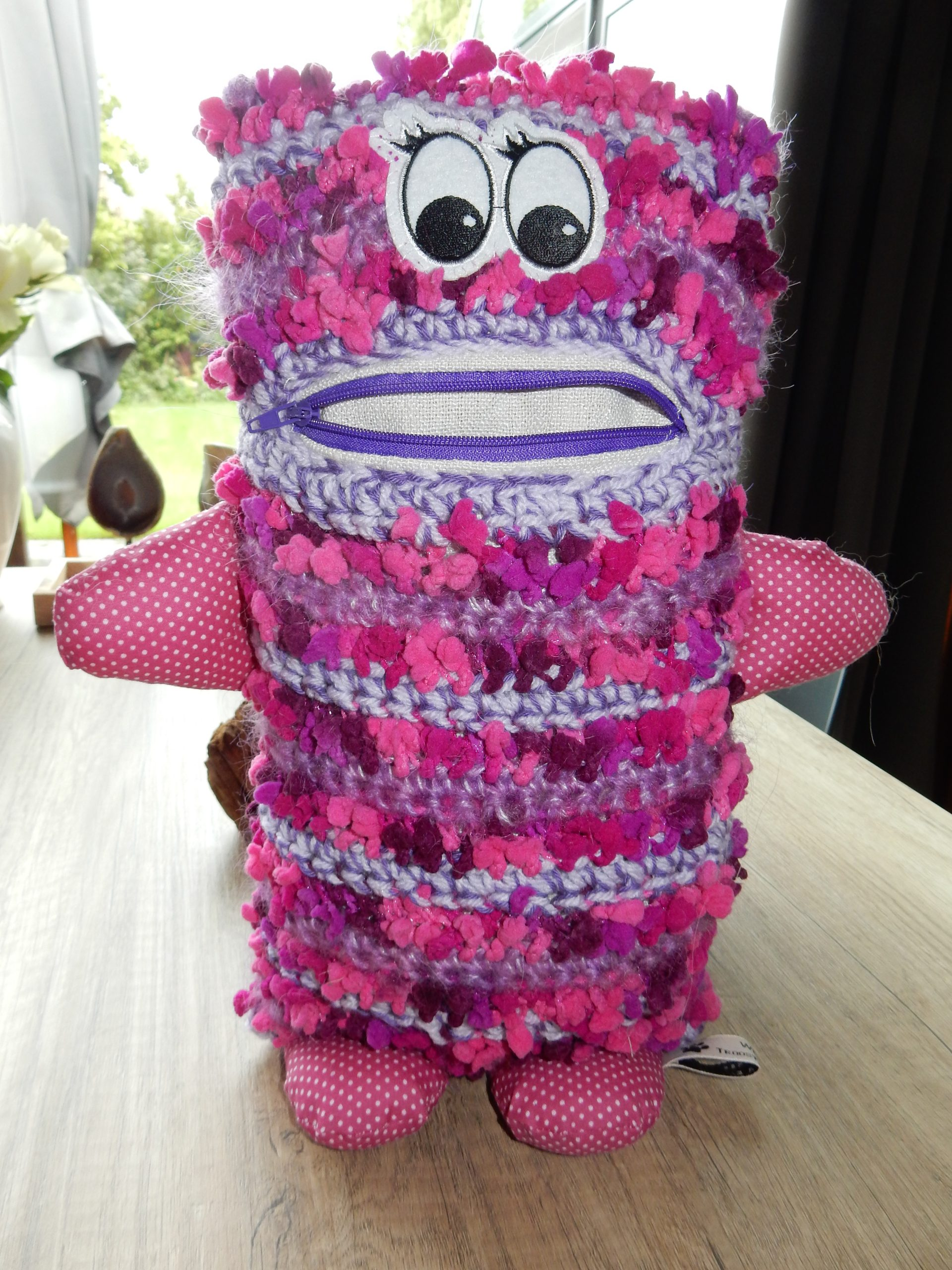 Happy pink - purple with dots